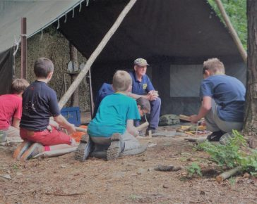 Bushcraft Workshops at Cornwalls regimental Museum, half term fun, Bodmin Keep