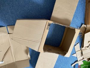 Make a plane from a cardboard box: Step 1