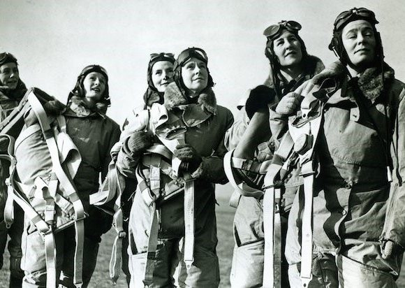 Women_at_war